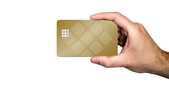 Quelle carte bancaire prépayée en ligne choisir ?